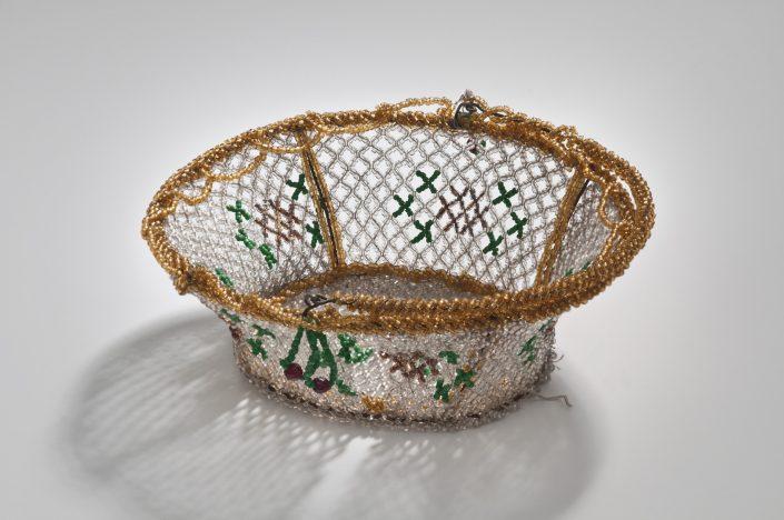 Körbchen aus Glasperlen, böhmisch, um 1830 Glas