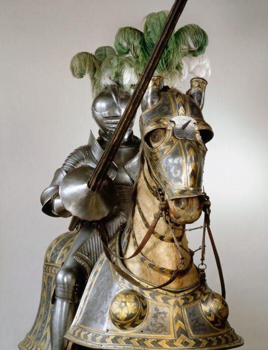 Ross- und Mannsharnisch, um 1505 bzw. 1550
