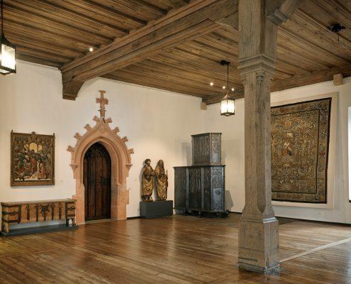 Die Große Hofstube (1501/4) mit dem gusseisernen Riesenofen