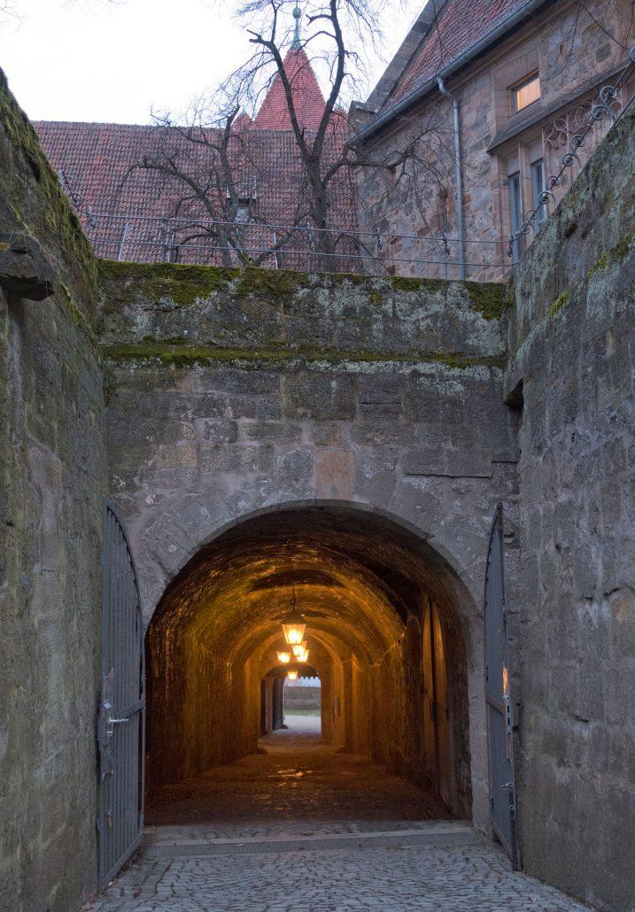 Tunnel zum Roten Turm und auf die Bärenbastei