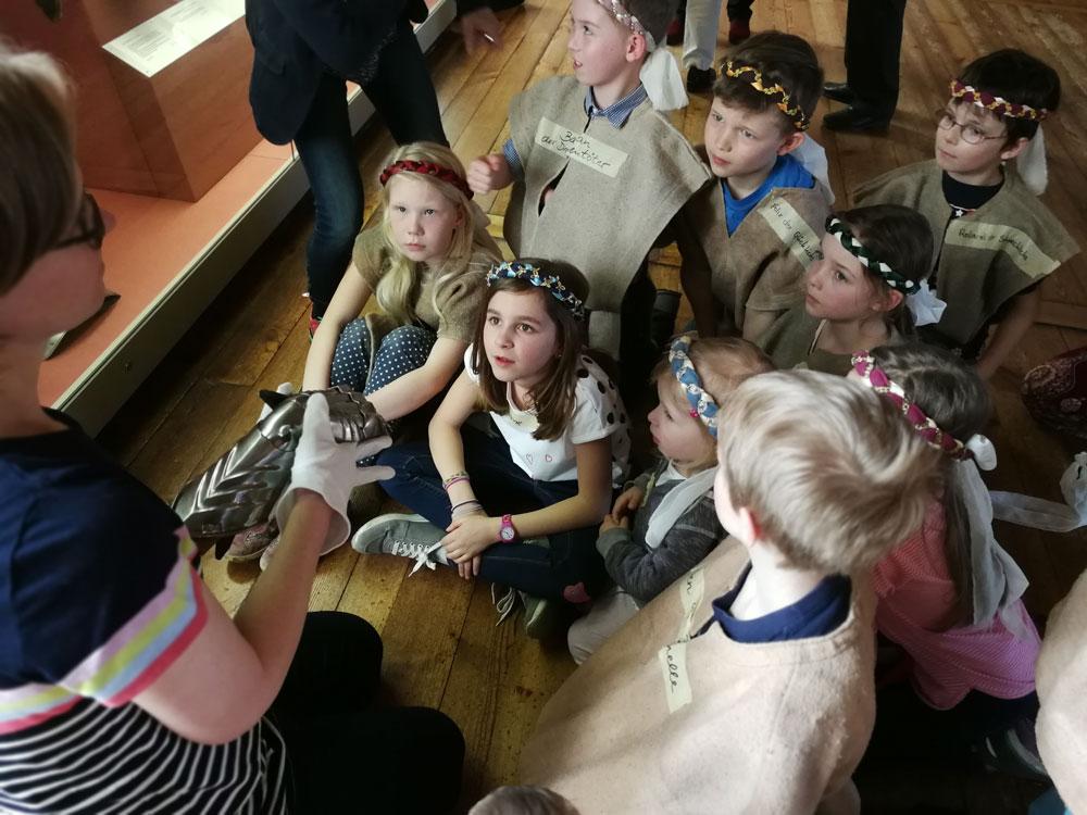 Spannende Geschichten bei einem Kindergeburtstag auf der Veste Coburg